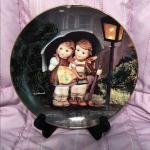 Stormy Weather Danbury Mint Hummel plate